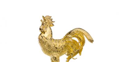 """""""Săn"""" gà trống gắn kim cương giá khủng chỉ có 8 con trên toàn thế giới: Mốt chơi của đại gia mùa Tết!"""