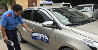Khách đi taxi từ phố cổ ra sân bay Nội Bài bị thu hơn hai triệu đồng