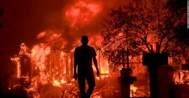 Chấn động: Đám cháy kinh hoàng thiêu rụi tất cả những gì lửa đi qua