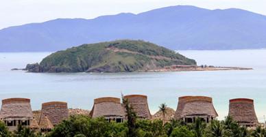 Khu du lịch sinh thái công khai chiếm dụng gần 13.000m2 đất ở vịnh Nha Trang