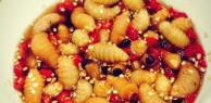 Những món ăn sống của Việt Nam khiến khách Tây sợ hãi