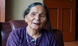 Cụ bà 82 tuổi bị khai tử gần 20 năm trước