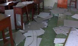 Sập trần lớp học ở miền Tây, 9 em bị thương