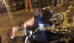 Hai xe máy đấu đầu trên cầu vượt ở Hà Nội, một người chết