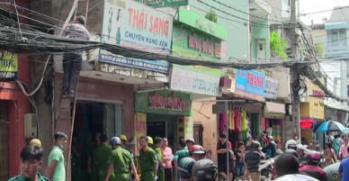 Căn nhà ở Sài Gòn cháy nổ sau trận cãi vã