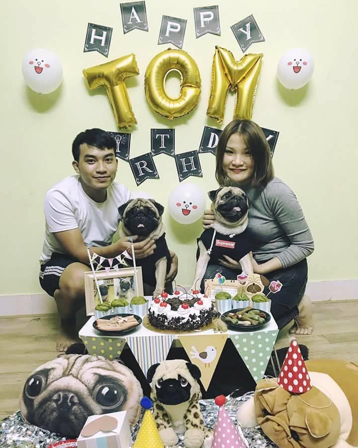 Chú chó pug số hưởng: Được chủ tổ chức sinh nhật 2 tuổi hoành tráng cùng anh em chiến hữu - Ảnh 4.