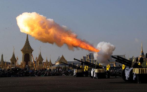 thai-lan-ban-dai-bac-dua-tien-linh-cuu-quoc-vuong-5