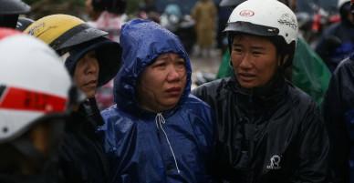 Không phải là người dân vùng rốn bão Vạn Ninh, bạn sẽ không thể hình dung nổi mức độ thê lương nó mang lại