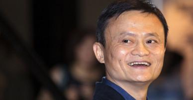 Tỷ phú Jack Ma đang ở Việt Nam, nhìn cách giới trẻ dùng điện thoại, ông quyết tâm giúp họ khởi nghiệp