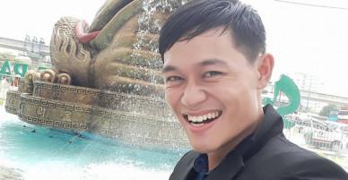 """Chàng trai bị gọi là fan cuồng"""" tiết lộ: Bạn bè ai cũng nói tôi giống Jack Ma"""