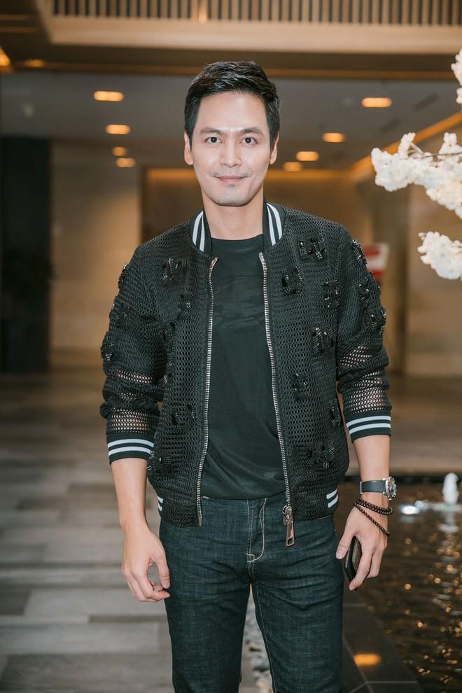 Gây xôn xao vì làm giám khảo Hoa hậu thẩm mỹ, Phan Anh nói: Vợ tôi có phẫu thuật, tôi cũng ủng hộ - Ảnh 1.