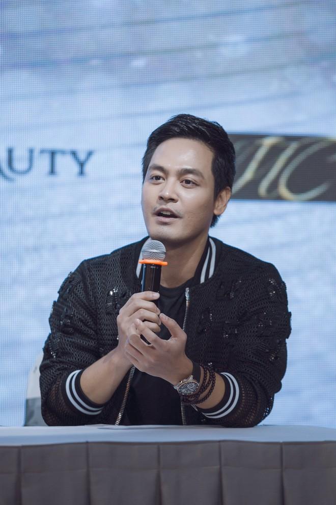 Gây xôn xao vì làm giám khảo Hoa hậu thẩm mỹ, Phan Anh nói: Vợ tôi có phẫu thuật, tôi cũng ủng hộ - Ảnh 5.