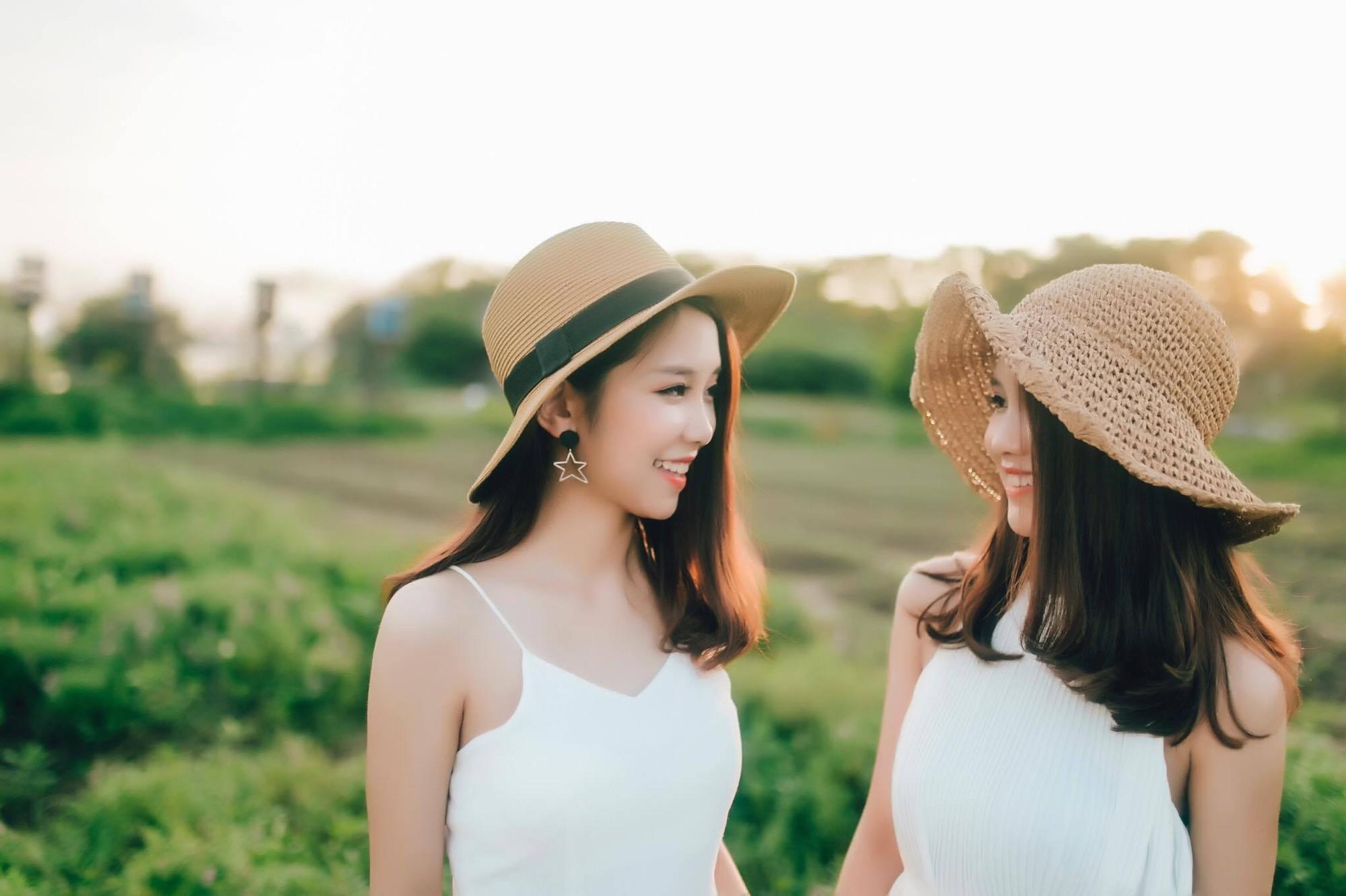 Song sinh đã đặc biệt, các cặp chị em này còn xinh đẹp và tài năng nữa! - Ảnh 12.