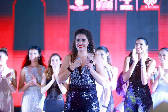 Miệt mài tập luyện đàn bầu nhưng Mỹ Linh vẫn không chiến thắng phần thi Tài năng tại Miss World 2017 - Ảnh 1.