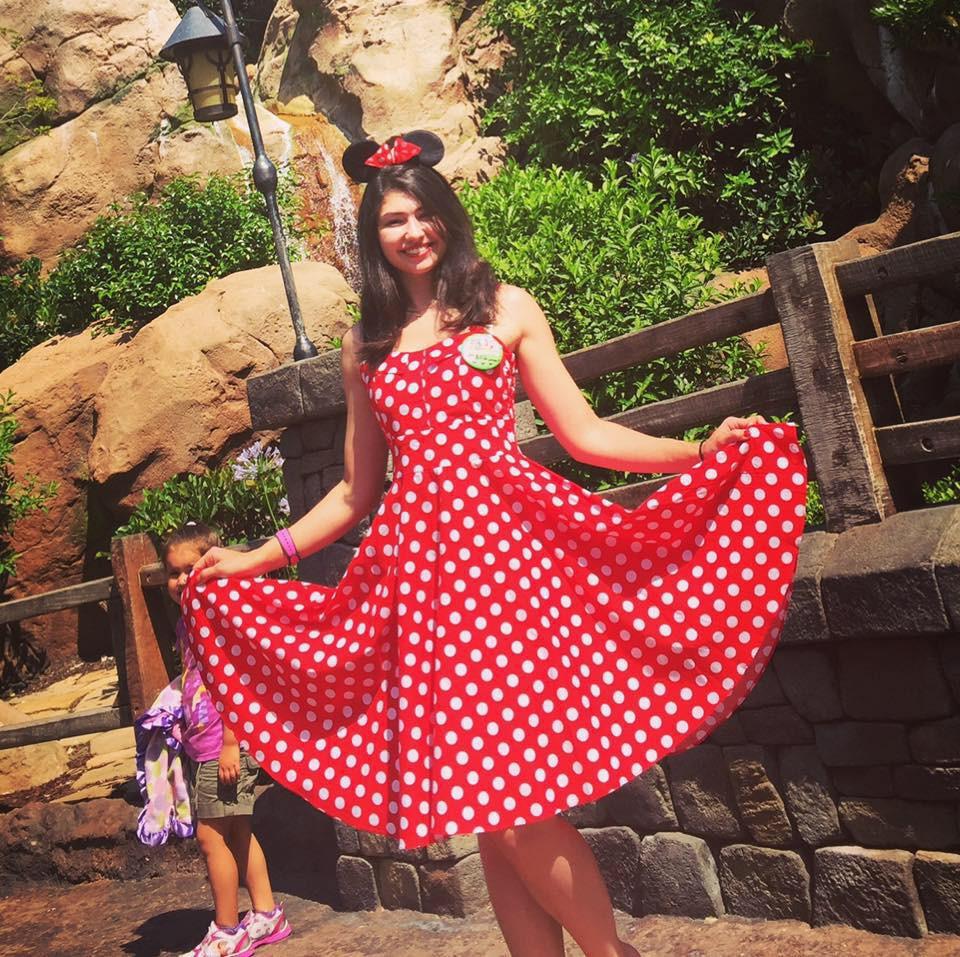 Nối nghiệp bố làm công việc trong mơ, ứng viên cuộc thi Hoa hậu quyết trở thành nhân viên vệ sinh nhặt rác ngoài đường - Ảnh 6.
