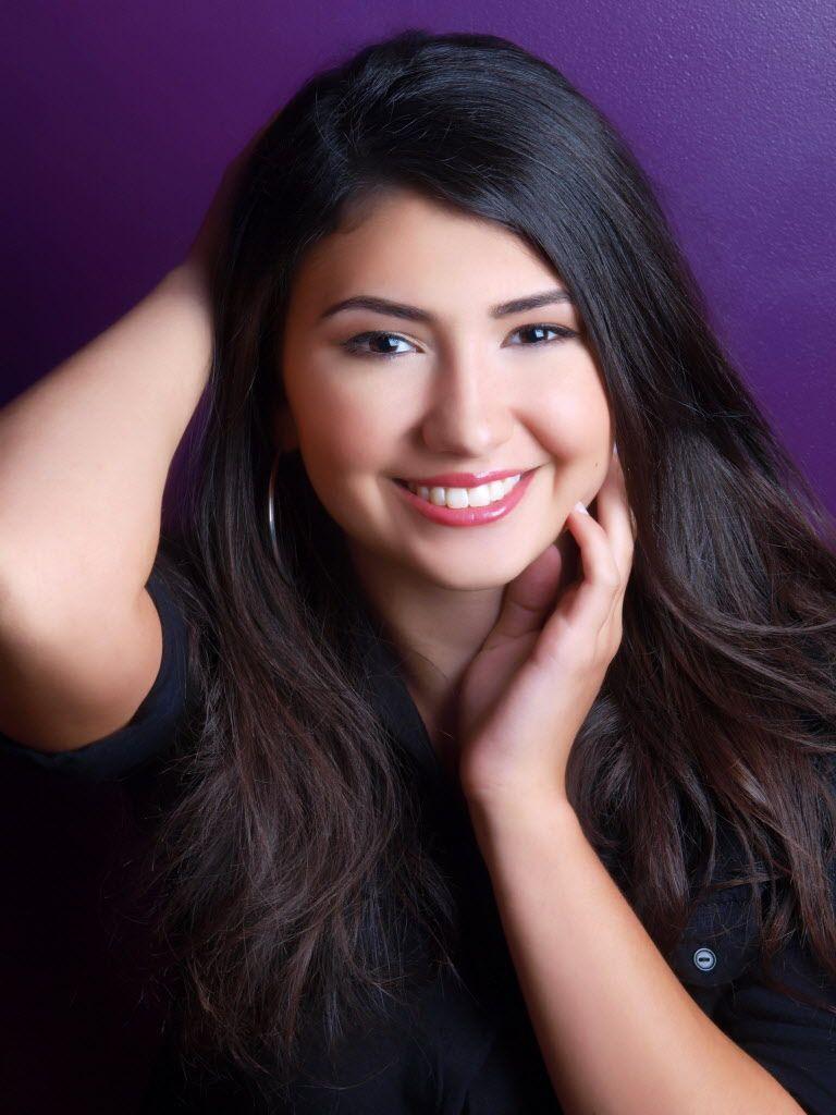 Nối nghiệp bố làm công việc trong mơ, ứng viên cuộc thi Hoa hậu quyết trở thành nhân viên vệ sinh nhặt rác ngoài đường - Ảnh 4.