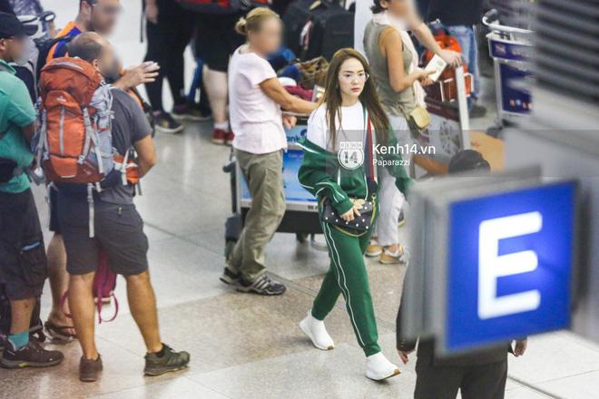 Diện đồ thể thao khoẻ khoắn, Minh Hằng nổi bật giữa sân bay lên đường đi Dubai tham dự tuần lễ thời trang quốc tế - Ảnh 13.