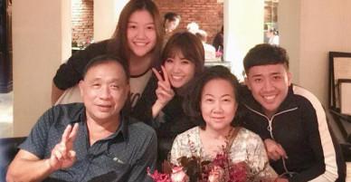 Mẹ Trấn Thành xúc động khi được con dâu Hari Won tổ chức sinh nhật bất ngờ