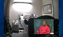 Bệnh nhân kêu cứu đến 6 lần trong cơn hấp hối và tắc thở, nữ y tá chậm trễ cấp cứu lại còn vô tư cười đùa