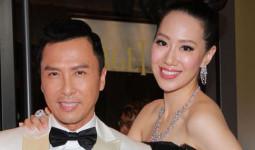 HOT: Vợ chồng Châu Tử Đan nghỉ dưỡng tại Hội An thưởng thức phở và bánh mì