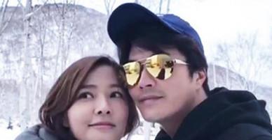 Vợ chồng Kwon Sang Woo trốn con sang Hokkaido ngắm tuyết rơi