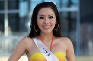 Á hậu Khánh Phương bất chấp mỡ bụng, tự tin thực hiện phần thi áo tắm tại Bán kết hoa hậu Siêu quốc gia.