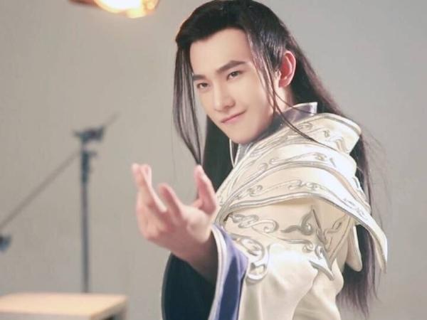 BXH top 10 mỹ nam cổ trang đẹp nhất trên màn ảnh Hoa ngữ 2017 - ảnh 3