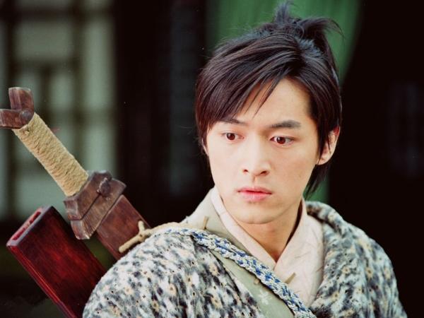BXH top 10 mỹ nam cổ trang đẹp nhất trên màn ảnh Hoa ngữ 2017 - ảnh 5