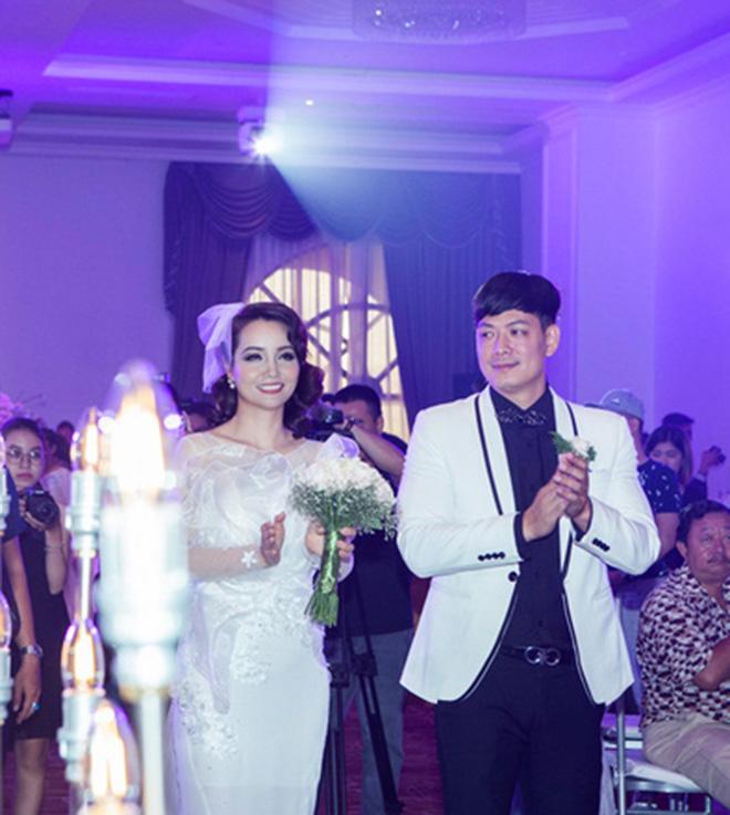 Mai Thu Huyền: Vợ chồng Bình Minh - Anh Thơ vẫn vui vẻ bình thường