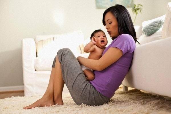 Tôi thấy rằng, đàn ông một khi đã yêu người phụ nữ khác thì con cái cũng thành người dưng