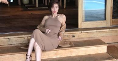Hoa hậu không tuổi Hàn Quốc khoe dáng nuột ở Nha Trang