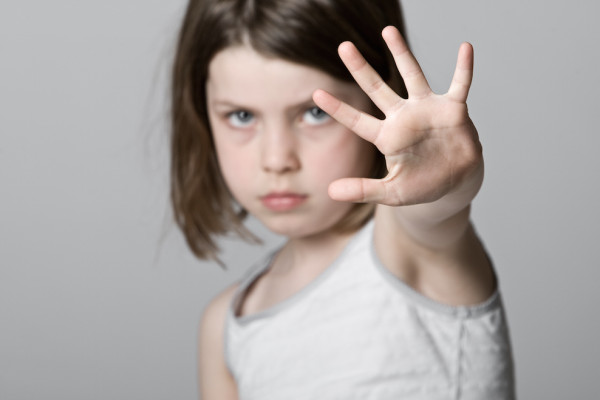 9 nguyên tắc vàng giúp trẻ bảo vệ mình khỏi nguy cơ bị xâm hại tình dục