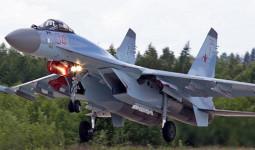 Máy bay chiến đấu Nga chặn máy bay Mỹ trên bầu trời Syria