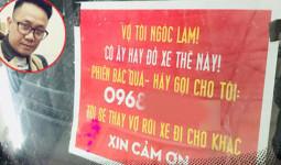 Anh chồng Hà Nội dán biển Vợ tôi đỗ xe ngốc lắm trên kính ôtô