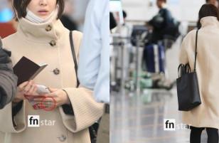 Song Hye Kyo để lộ mặt mộc mệt mỏi khi xuất ngoại
