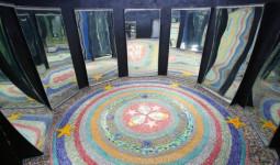 Nhà gương công viên Thống Nhất mở cửa trở lại, gợi bao ký ức tuổi thơ