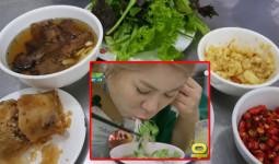 Người Hàn đi tìm bún chả Obama huyền thoại ở Hà Nội