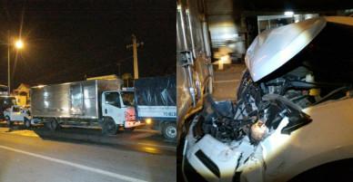 4 ô tô tông liên hoàn trên đường dẫn cao tốc, 5 người thoát chết