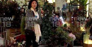 Ảnh cựu Thủ tướng Thái Lan Yingluck mua sắm ở Anh gây xôn xao