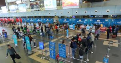 Các hãng hàng không và TP Hồ Chí Minh ứng phó với bão số 1