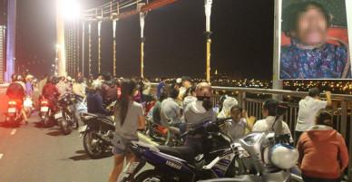 Đà Nẵng: Hoảng hồn phát hiện thi thể người đàn ông có hình xăm 04 lẻ loi trong tư thế treo cổ trên cầu Thuận Phước