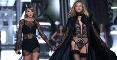 Từng là chị em thân thiết quấn quýt không rời, Karlie Kloss giờ quay sang đá đểu Taylor Swift?