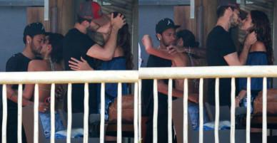 Neymar và đồng đội đua nhau hôn bạn gái trong kỳ nghỉ