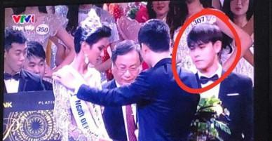 Xem chung kết HHHV Việt Nam, dân tình lại soi ra và phát cuồng vì... trai đẹp