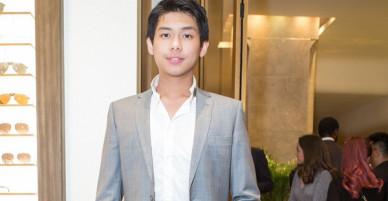 Thiếu gia út nhà chồng Tăng Thanh Hà đã cao đến 1m83 và ngày càng bảnh bao