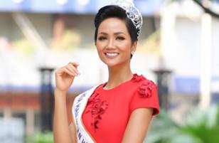 Hoa hậu H'Hen Niê: 'Tôi muốn sinh 10 đứa con'