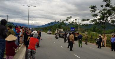 Đà Nẵng: Xe tải va chạm với xe máy, nữ sinh đại học sinh năm 1996 tử vong thương tâm