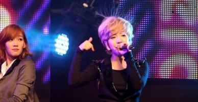 Idol Hàn trở thành trò cười vì mái tóc dựng ngược tích điện