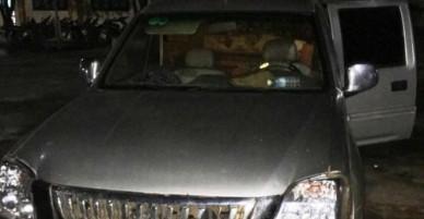 Dân vây đánh người đàn ông vì nghi bắt cóc trẻ em