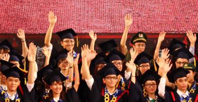 Thủ khoa từ chối lời mời làm cán bộ quận ở Hà Nội